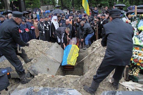 Кореспондента ТСН вразило, як прощались із Кульчицьким (фоторепортаж), фото-4