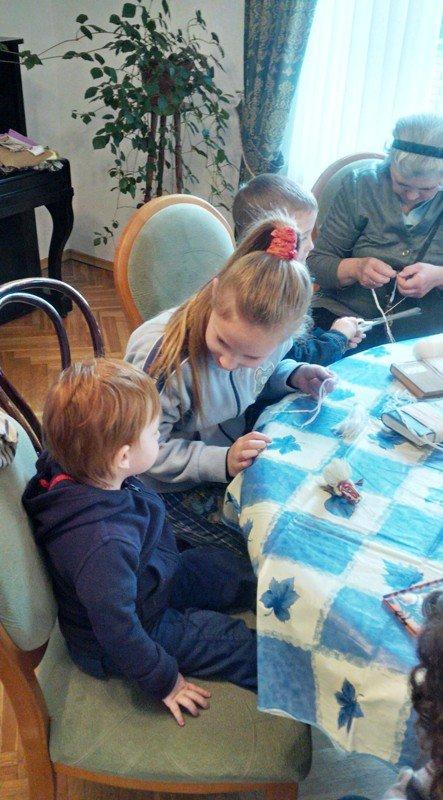 У Львові діти із вразливих сімей відсвяткували день матері із монахинями (фоторепортаж), фото-4