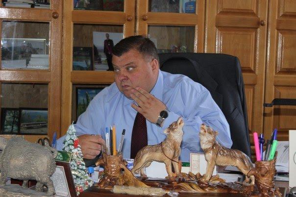 Люстрація львівського чиновника закінчилась привселюдною ганьбою та «швидкою» (ФОТО, ВІДЕО), фото-1