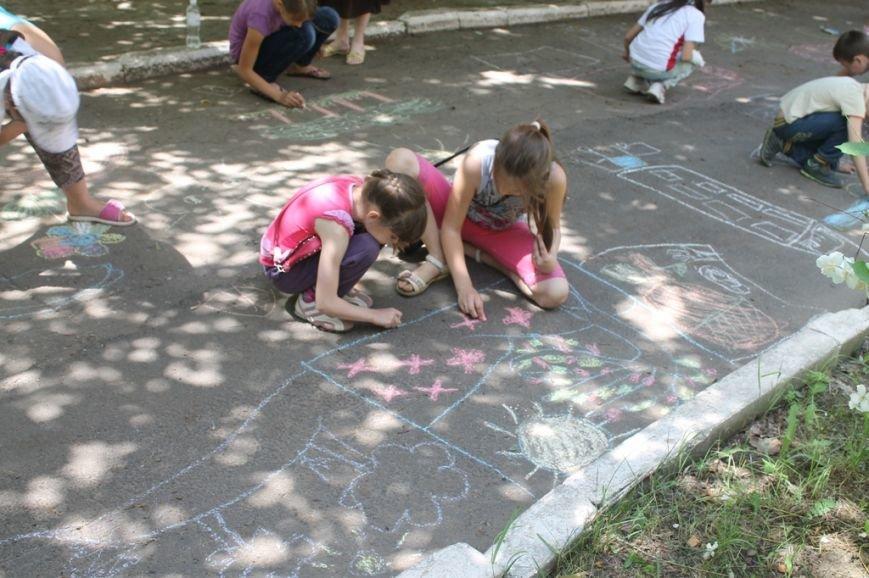 «Только три дня, а уже так весело!»: артемовские дети поделились впечатлениями о пришкольном лагере, фото-12
