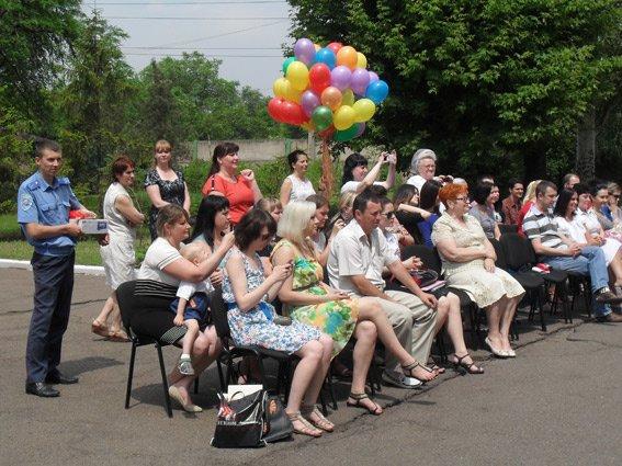 В Кривом Роге милиционеры поздравили детей с праздником (ФОТО), фото-2