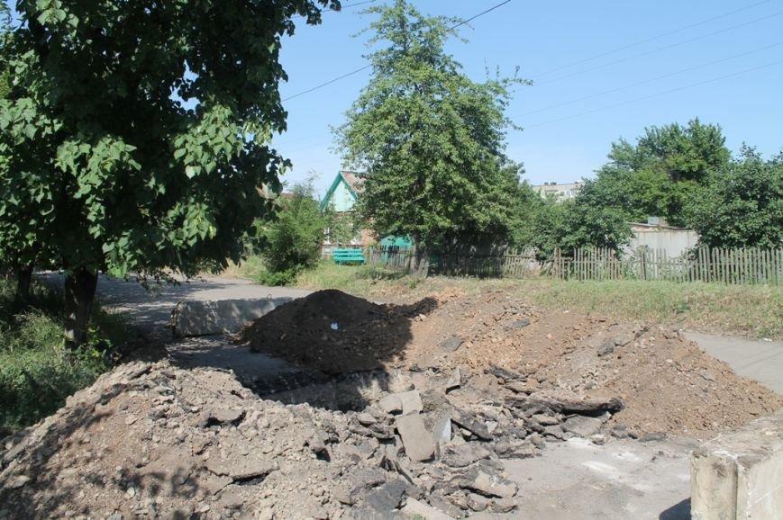 В Артемовске продолжается капитальный ремонт водоводов. На очереди улица Обороны, фото-2