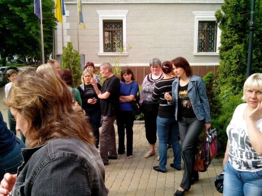 Тернопільську міську раду знову пікетували мешканці гуртожитків (фото), фото-2