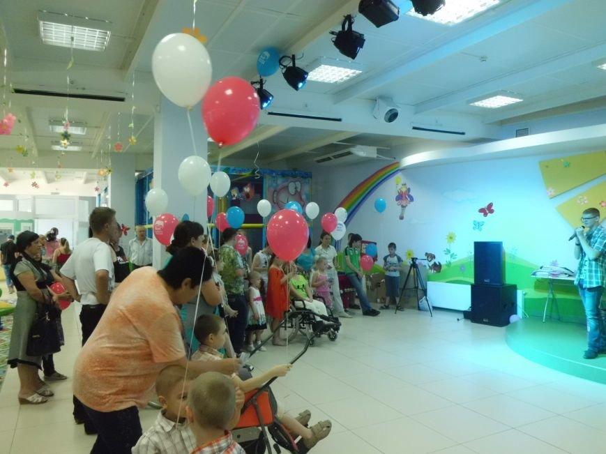Благотворительный фонд «Анна» провел в «Маленькой стране» праздник для детей (ФОТО), фото-4