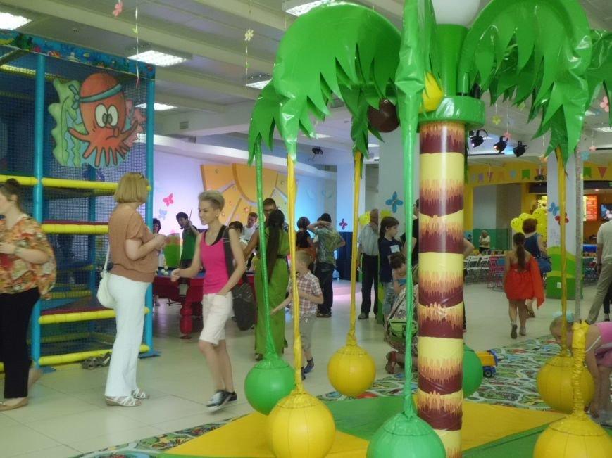 Благотворительный фонд «Анна» провел в «Маленькой стране» праздник для детей (ФОТО), фото-2