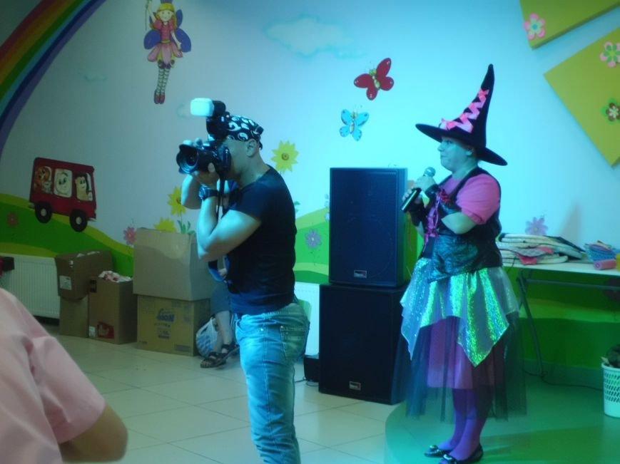 Благотворительный фонд «Анна» провел в «Маленькой стране» праздник для детей (ФОТО), фото-3
