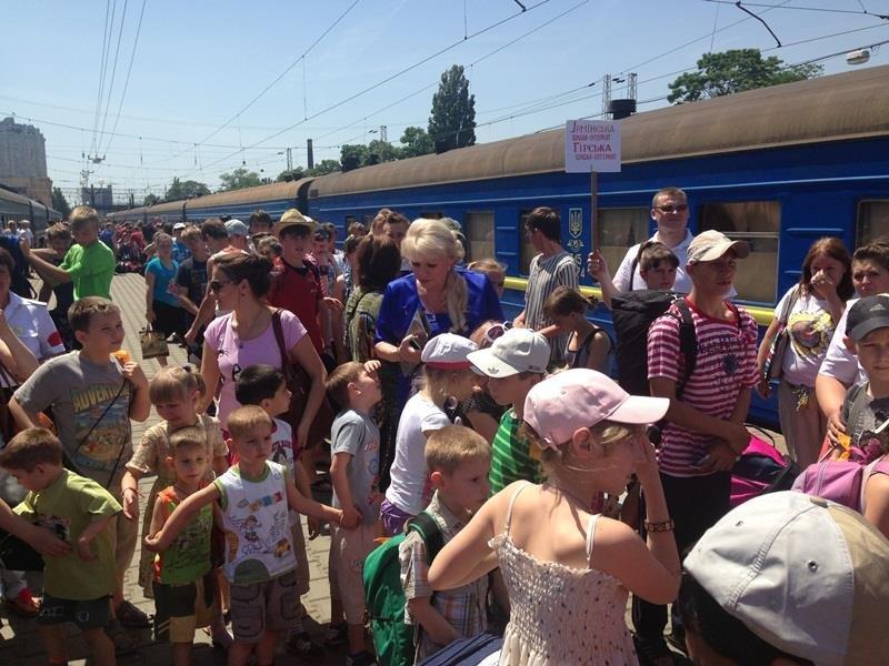 Сироты из Луганска мечтают увидеть Привоз и одесские катакомбы (ФОТО), фото-1