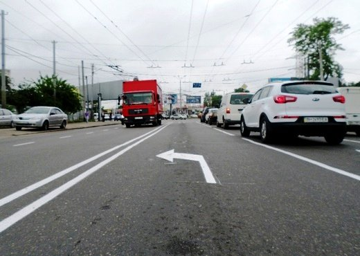 Одесские коммунальщики наконец нанесли разметку на дороги (ФОТО), фото-1