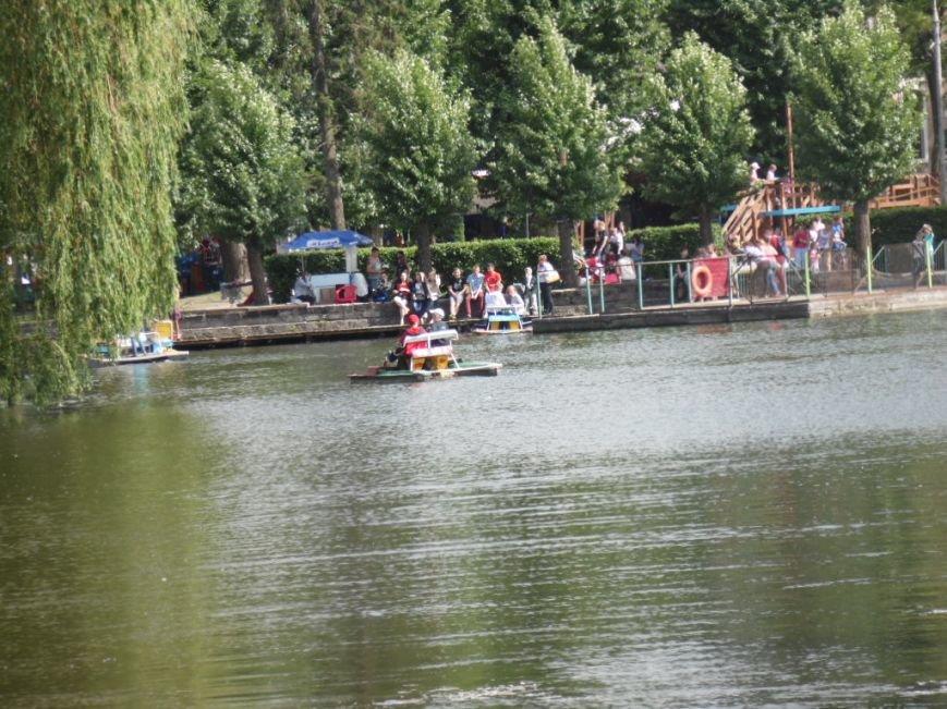 У Тернополі подорожчало катання на катамаранах (фото), фото-2