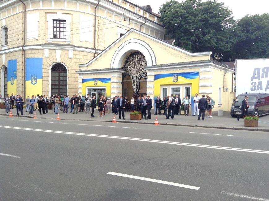 Кучма и Тимошенко не пришли на ужин к Порошенко (ФОТОРЕПОРТАЖ), фото-7