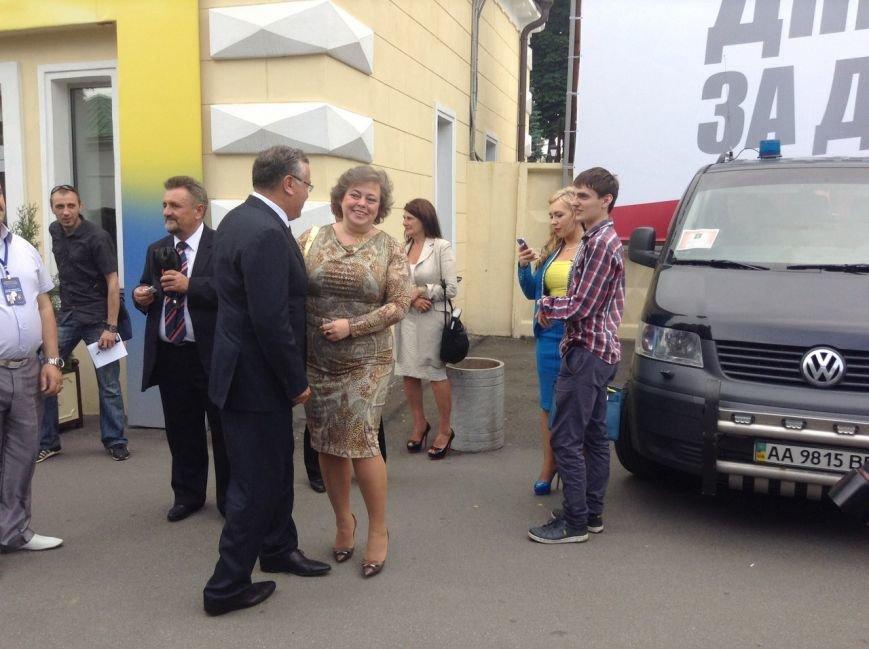Кучма и Тимошенко не пришли на ужин к Порошенко (ФОТОРЕПОРТАЖ), фото-9