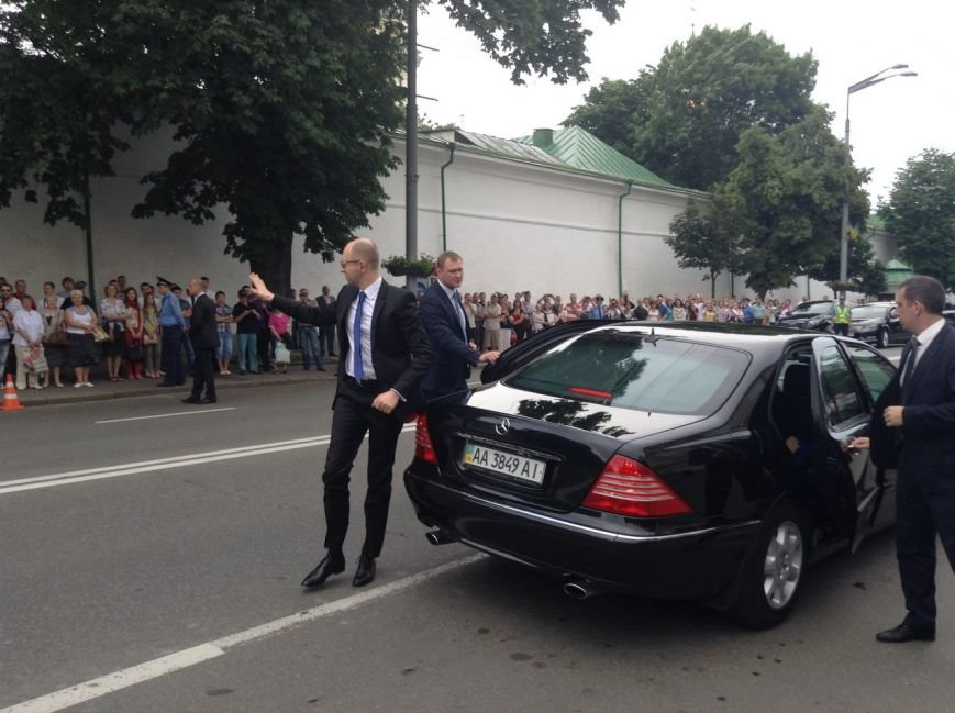 Кучма и Тимошенко не пришли на ужин к Порошенко (ФОТОРЕПОРТАЖ), фото-1