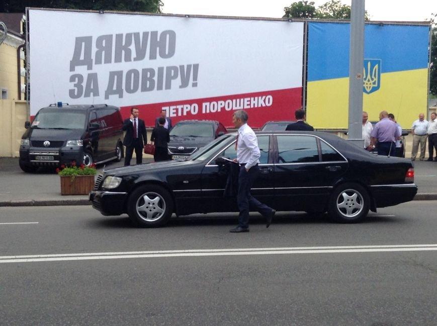 Кучма и Тимошенко не пришли на ужин к Порошенко (ФОТОРЕПОРТАЖ), фото-3