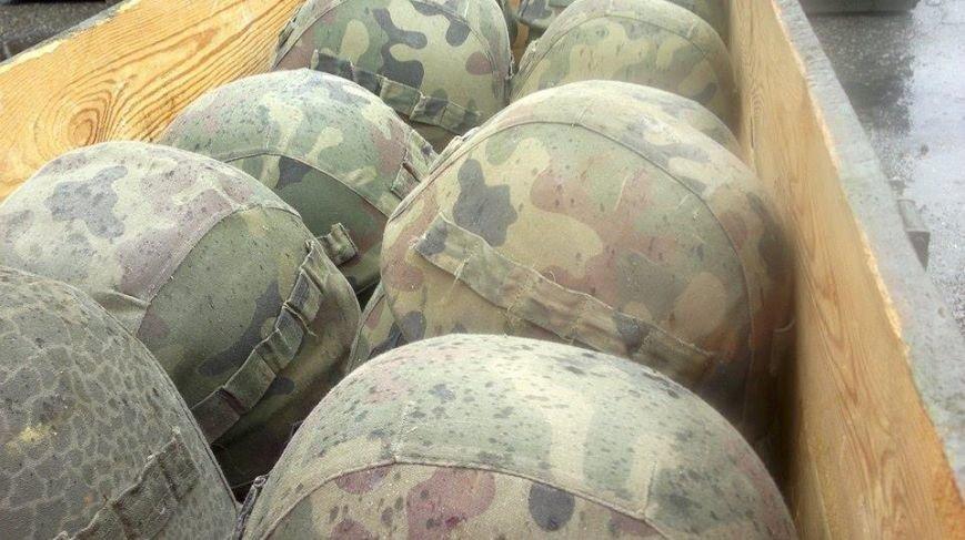 Львівські самооборонці купують за кордоном каски для військових, що перебувають в зоні АТО (ФОТО), фото-2