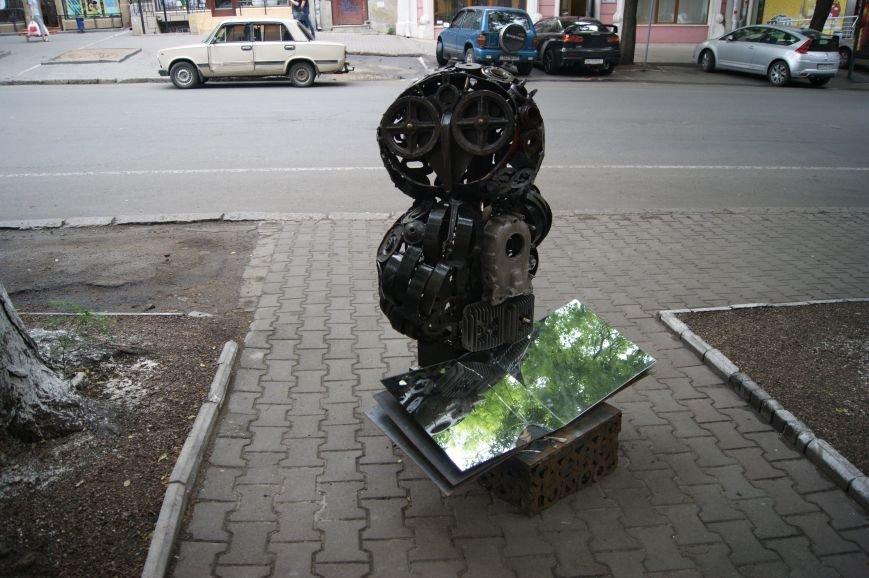 Одесский умелец из бензобака создал  аиста (ФОТО), фото-5