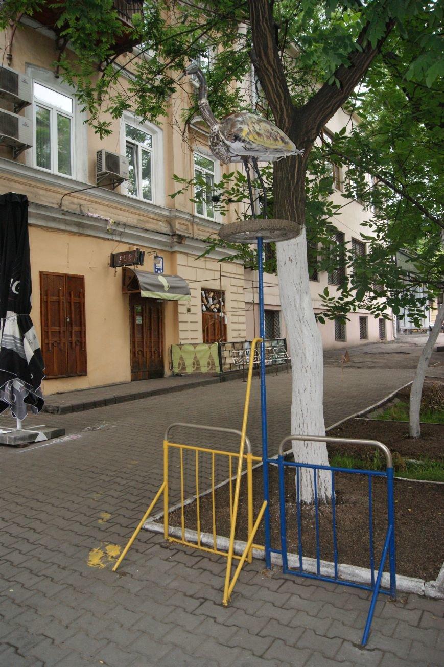 Одесский умелец из бензобака создал  аиста (ФОТО), фото-2