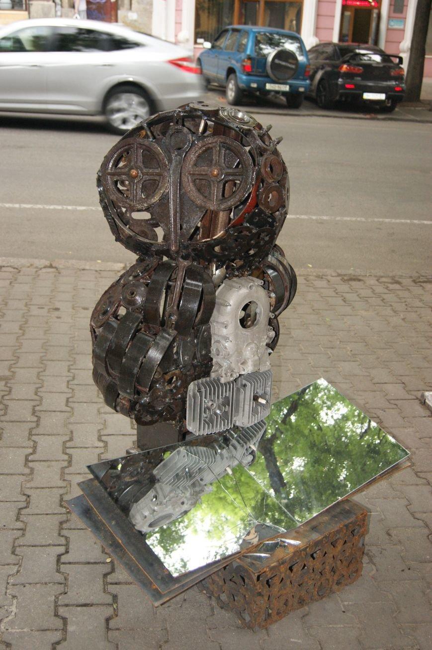 Одесский умелец из бензобака создал  аиста (ФОТО), фото-6
