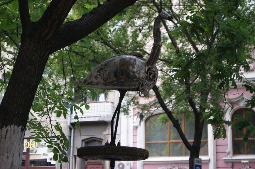 Одесский умелец из бензобака создал  аиста (ФОТО), фото-3