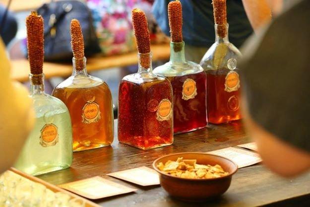 Чарка за чаркою: у центрі Львова масово пили медовуху і обирали найсмачнішу (ФОТО), фото-4