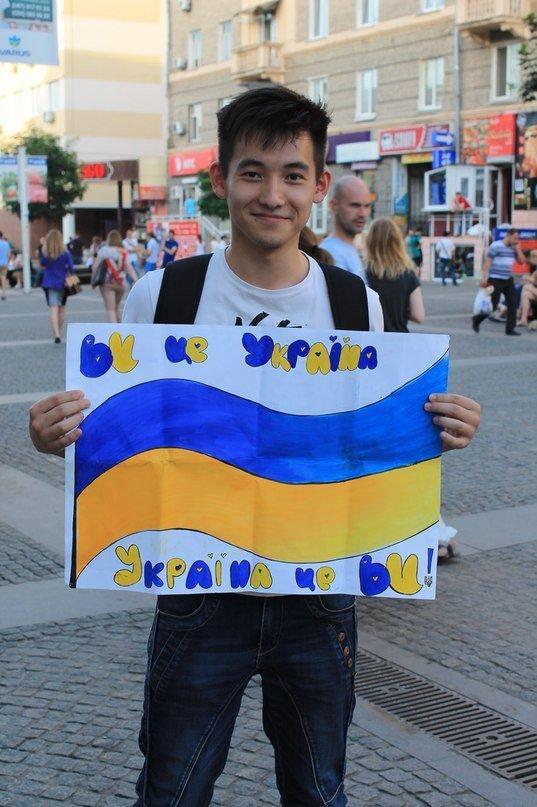 В Днепропетровске украинскую армию поддержали флешмобом (ФОТО), фото-14