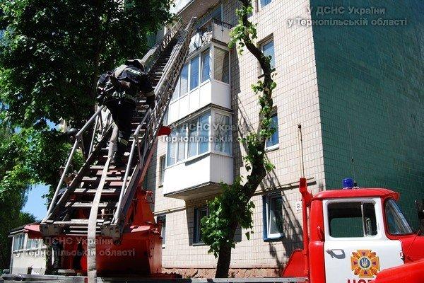 У Тернополі горіла багатоповерхівка (фото), фото-1