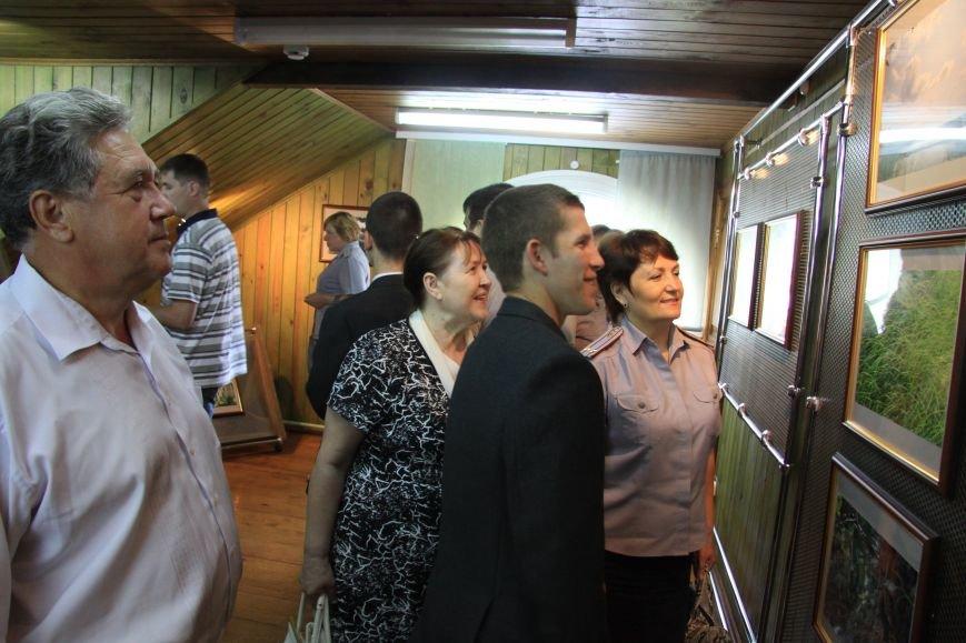 В Ульяновске открылась фотовыставка работ несовершеннолетних осужденных, фото-3