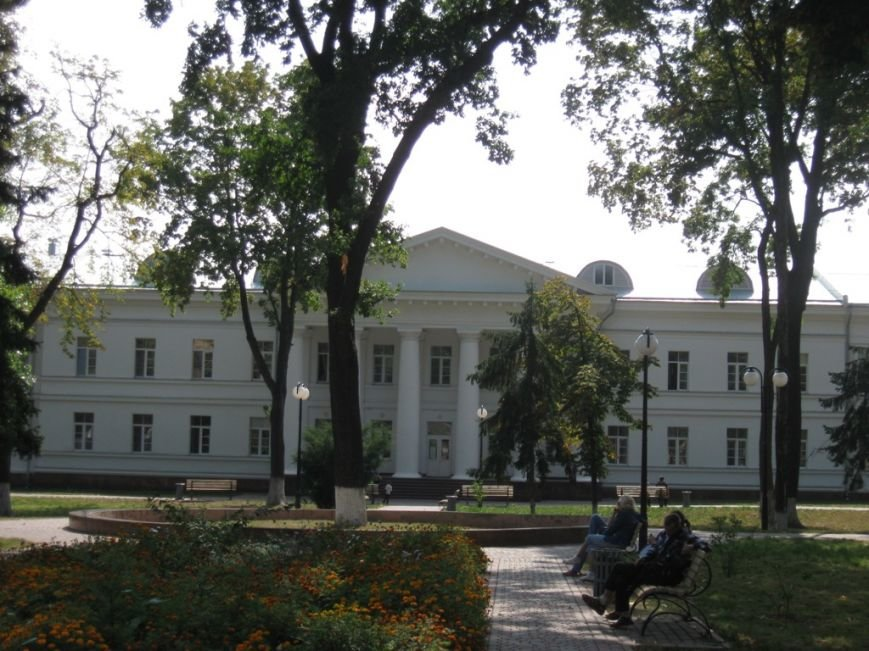 Полтавська обласна клінічна лікарня імені М.В. Скліфосовського (джерело uk.wikipedia.org)