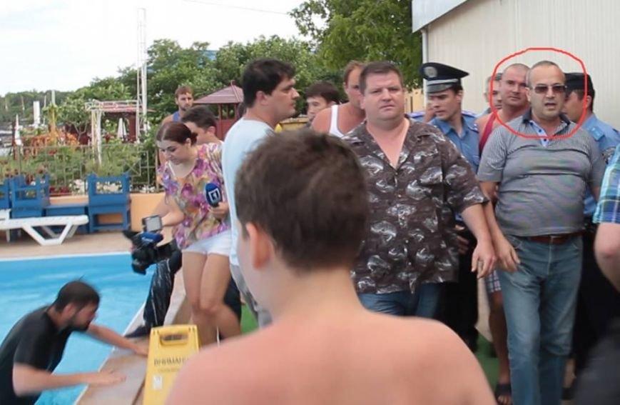 Одесскому пляжнику, напавшему на девушку-журналиста, дали прозвище в соцсетях (ФОТО), фото-3