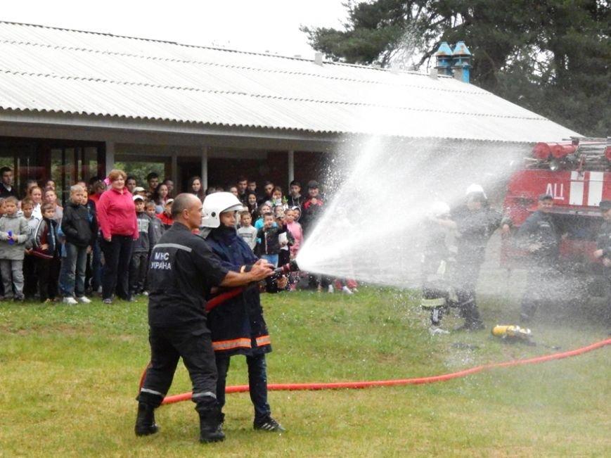 Дети, отдыхающие в лагере «Горизонт», учились тушить пожары (фото и видео), фото-5