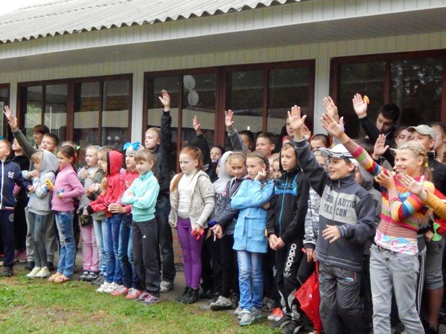 Дети, отдыхающие в лагере «Горизонт», учились тушить пожары (фото и видео), фото-2
