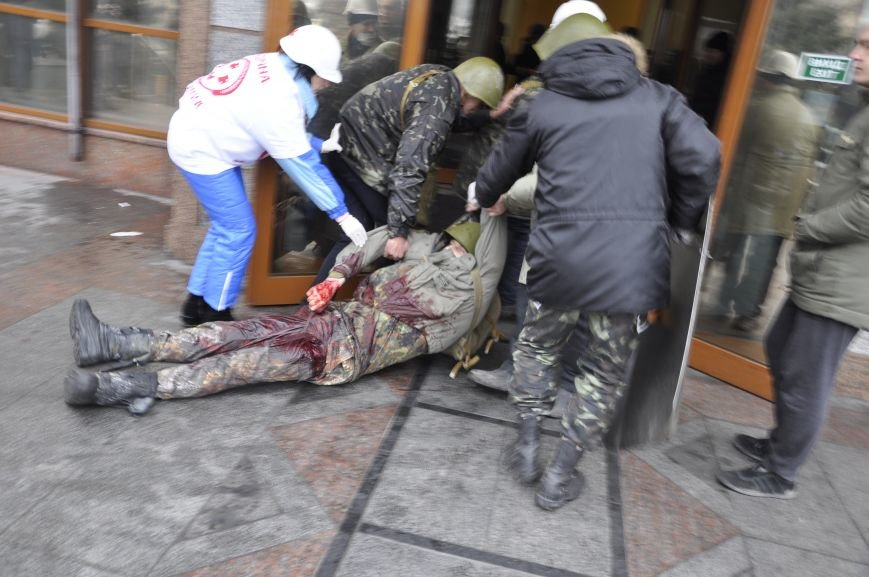 У Львові не можуть підрахувати, скільки медиків приїжджали на Євромайдан (ФОТО), фото-7
