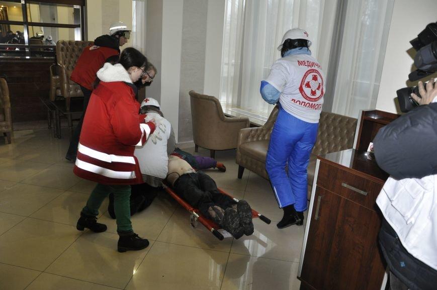 У Львові не можуть підрахувати, скільки медиків приїжджали на Євромайдан (ФОТО), фото-10