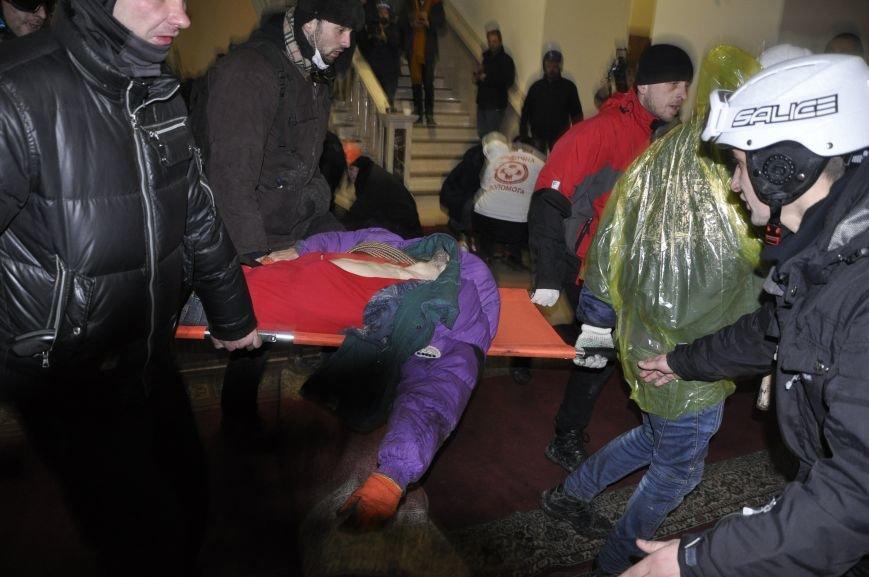 У Львові не можуть підрахувати, скільки медиків приїжджали на Євромайдан (ФОТО), фото-4