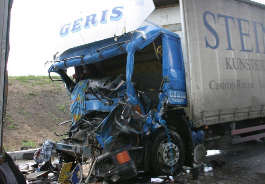 На злосчастной трассе в Полтавской области снова погиб человек (фото и видео), фото-1