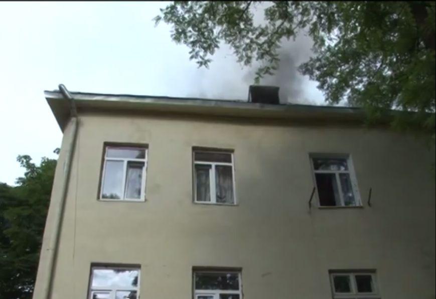 Аби уникнути трагедії під час пожежі, у Львові довелось евакуювали людей (ВІДЕО, ФОТО), фото-4