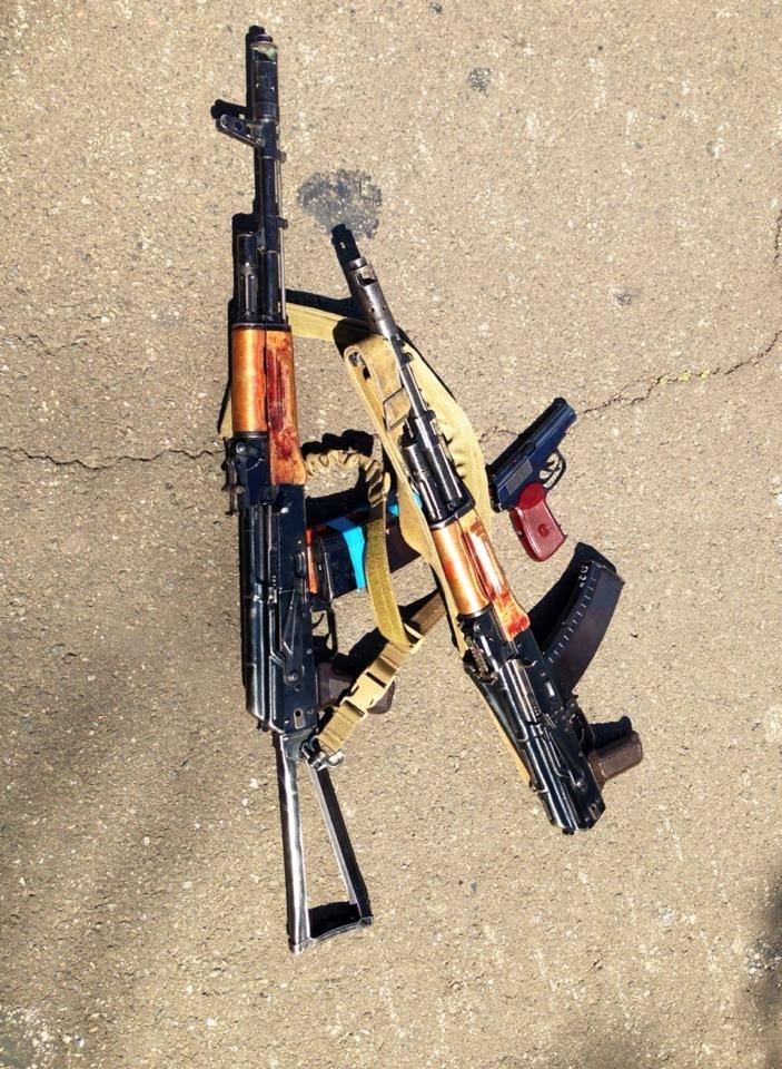 В центре Мариуполя бойцы украинской армии задержали ДНРовцев с оружием (Дополнено ФОТО+ВИДЕО), фото-5