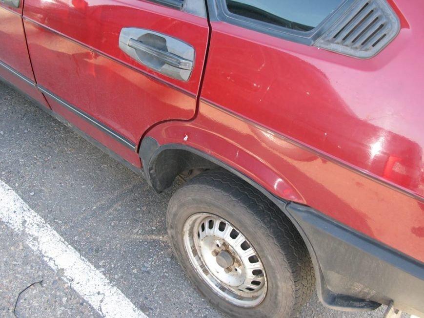 Взрывы в луганской ГАИ. Повреждены шесть автомобилей (ФОТО), фото-3
