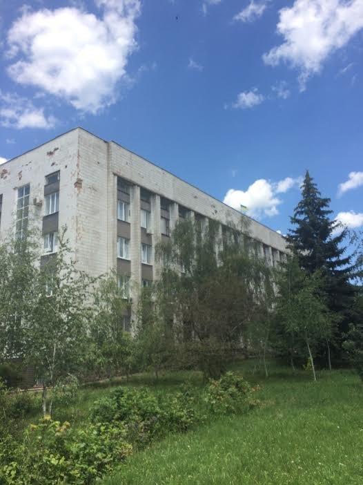 В Мариуполе губернатор Сергей Тарута записал обращение к жителям области, фото-2