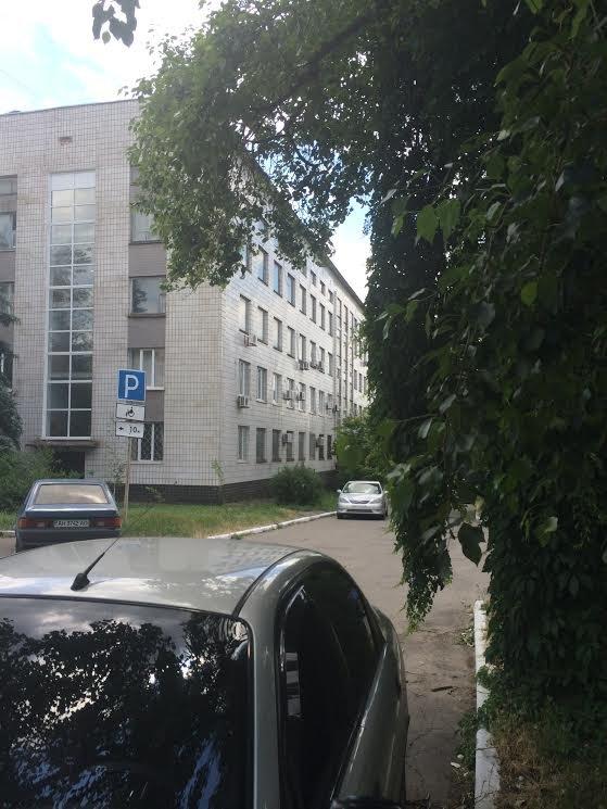 В Мариуполе губернатор Сергей Тарута записал обращение к жителям области, фото-1