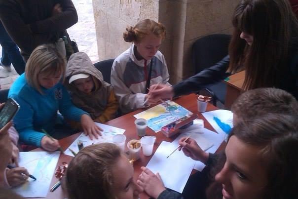 У Львові дітлахи написали листа українським солдатам (фоторепортаж), фото-3