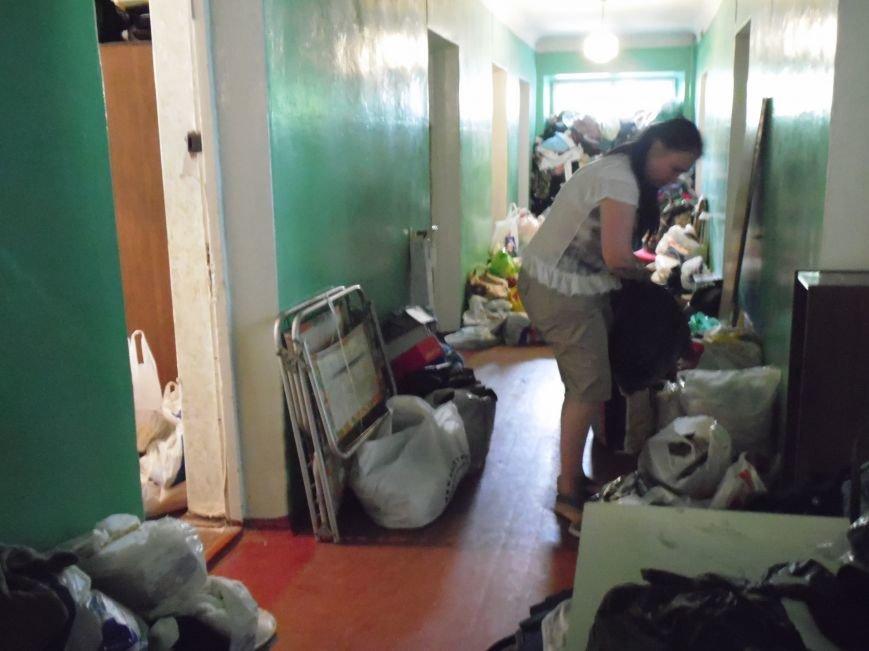 Как помогают беженцам и раненым военным из зоны АТО, которые сейчас в Днепропетровске (ФОТОРЕПОРТАЖ), фото-16