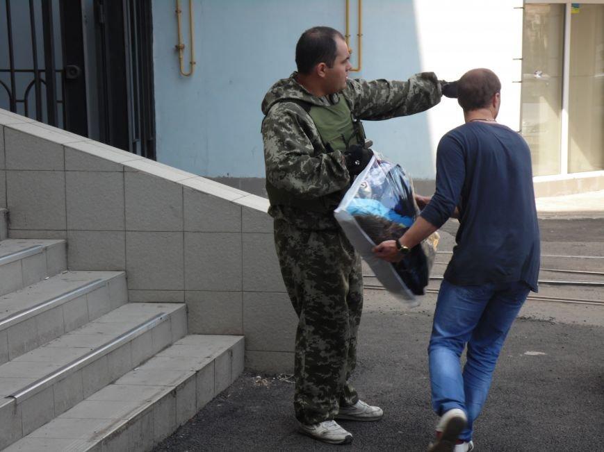 Как помогают беженцам и раненым военным из зоны АТО, которые сейчас в Днепропетровске (ФОТОРЕПОРТАЖ), фото-7
