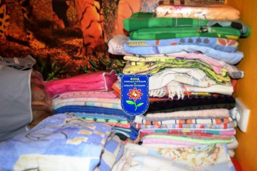 Мариупольцы собрали беженцам из Славянска два автомобиля с продуктами, одеждой и игрушками, фото-2