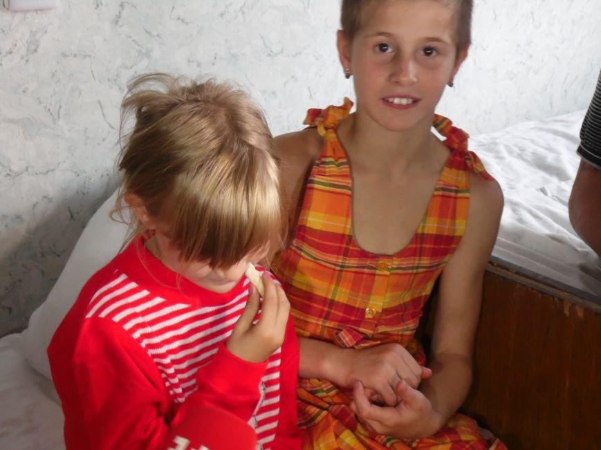 «В Днепропетровск ехали на последнем бензине», - многодетная мать, беженка из Славянска (ФОТО), фото-3