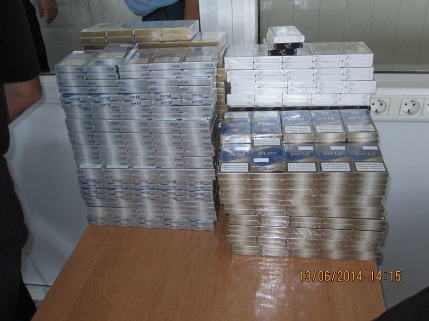 В Кременчуге и Комсомольске продавались контрабандные сигареты (ФОТО), фото-1