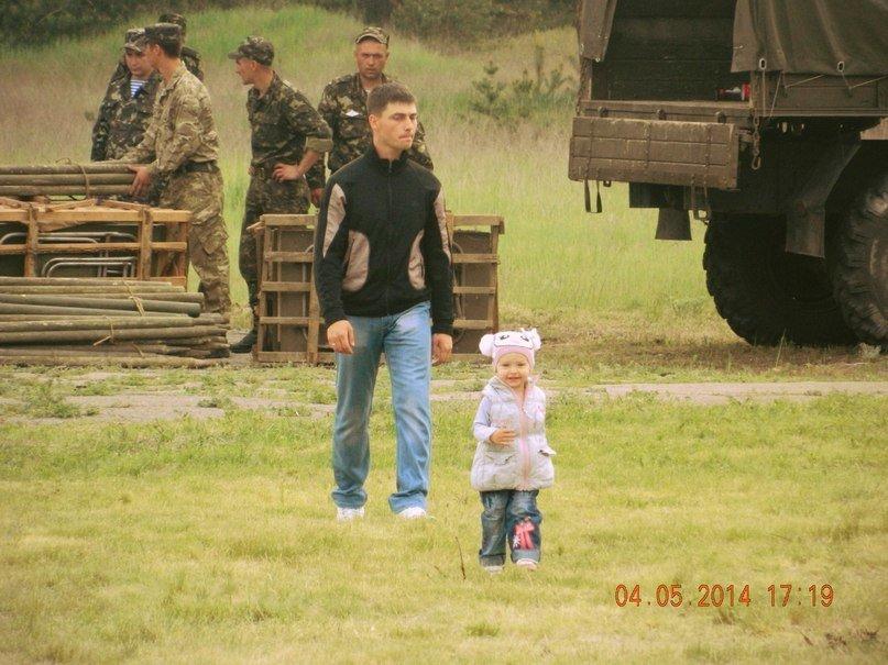 Донька загиблого львівського десантника, любила бавитися біля літаків та вертольотів (ФОТО), фото-3