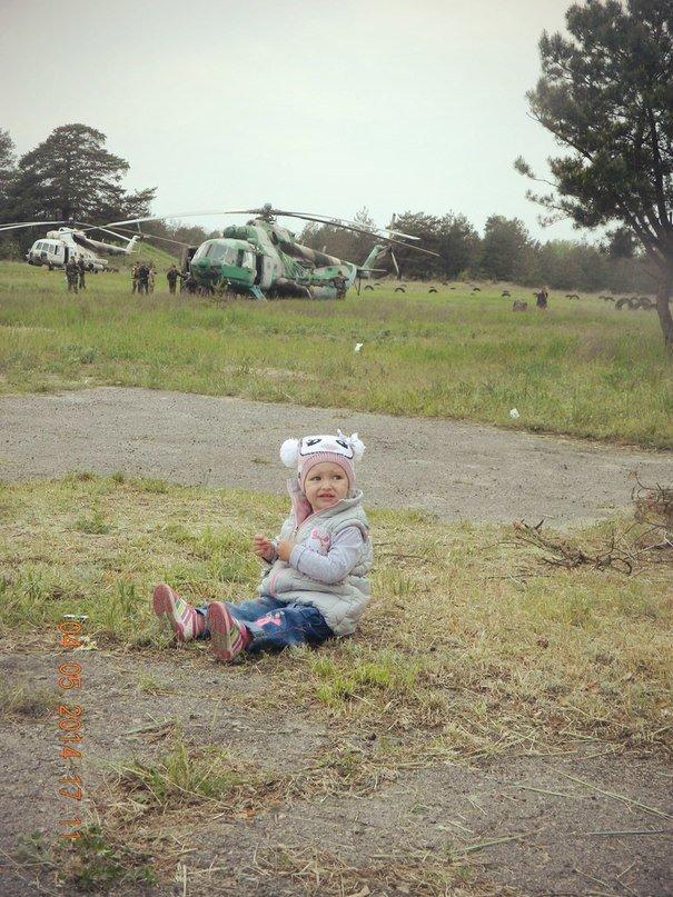 Донька загиблого львівського десантника, любила бавитися біля літаків та вертольотів (ФОТО), фото-1
