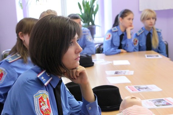 Львівські курсанти не відстають від «моди» вміти надавати першу медичну допомогу (ФОТО), фото-1