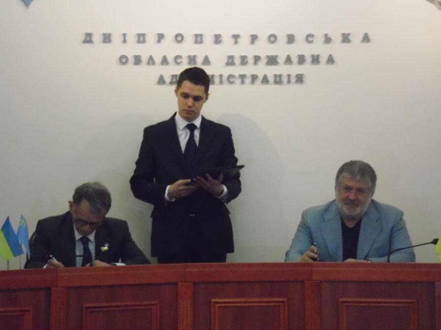 В Днепропетровске Игорь Коломойский и Мустафа Джемилев подписали Меморандум о сотрудничестве (ФОТОРЕПОРТАЖ), фото-9