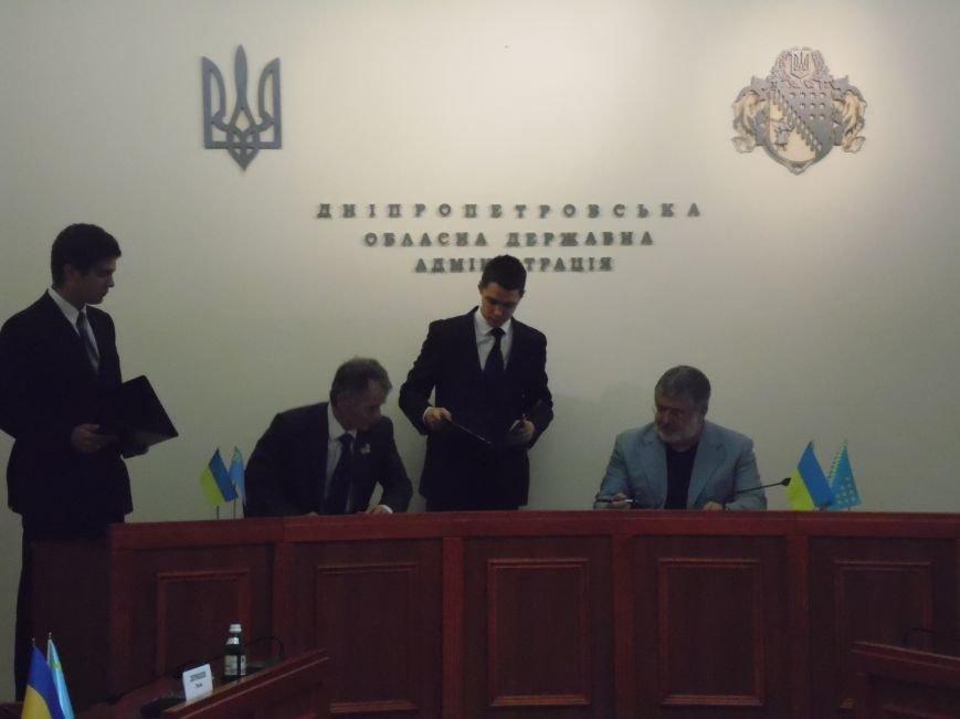 В Днепропетровске Игорь Коломойский и Мустафа Джемилев подписали Меморандум о сотрудничестве (ФОТОРЕПОРТАЖ), фото-8